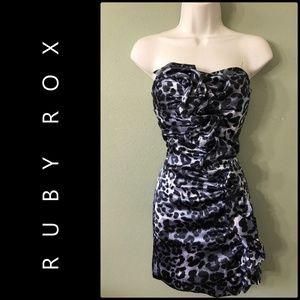 RUBY ROX WOMAN STRAPLESS TUBE SEXY DRESS SIZE 1